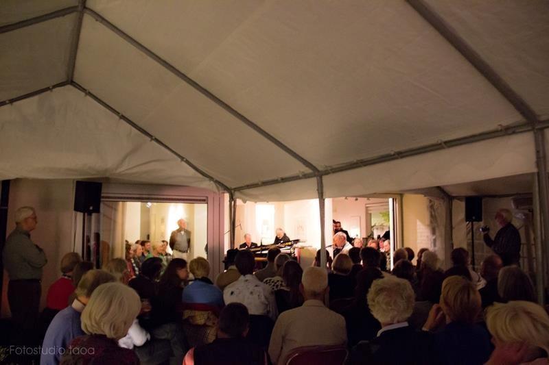 Classic piano jazz house concert eeco rijken rapp for Classic house piano